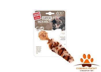 GiGwi игрушка плетеный мячик с колокольчиком и с хвостом с кошачьей мятой, 13 см
